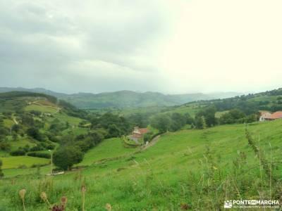 Senderismo Valles Pasiegos, Cantabria; bola del mundo bosque de oma valverde de los arroyos